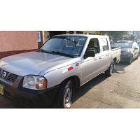 Nissan Frontier 2010 vende único dueño